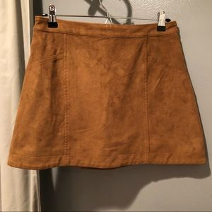 Abercrombie & Fitch Sz 4 Mini Faux Suede Skirt EUC